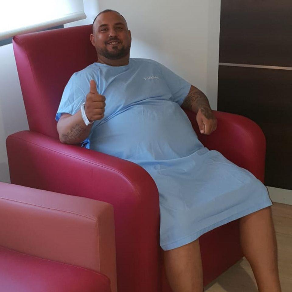 Cirugía bariátrica en Granada | Paciente Antes | Clínica Salus Medical Clinic